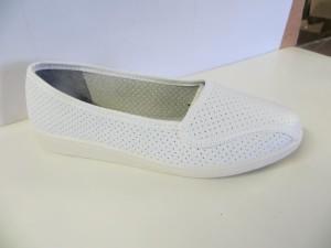 Туфли женские белые  (перфорация)